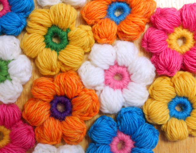 6 Petal Puff Stitch Crochet Flower