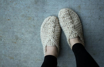Crochet Cable Slippers